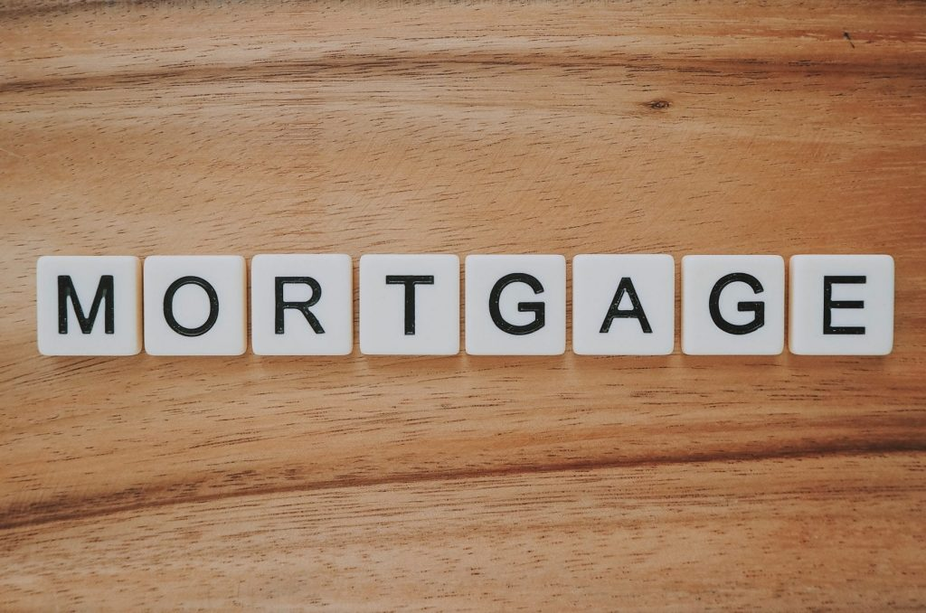 Home Loan: Fixed-Rate vs. Adjustable-Rate Mortgages